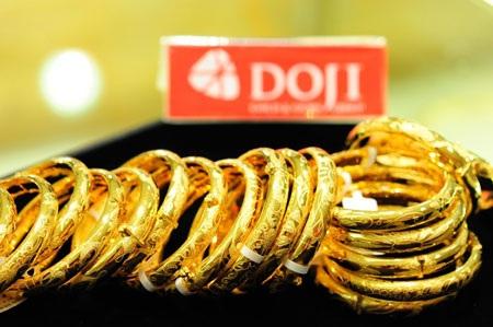 Giá vàng tăng sát mốc 38 triệu đồng/lượng (ảnh: AH).