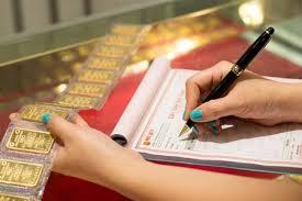 Năm 2013, NHNN tổ chức 76 phiên đấu thầu bán vàng miếng, cung ứng ra thị trường 1.819.900 lượng.