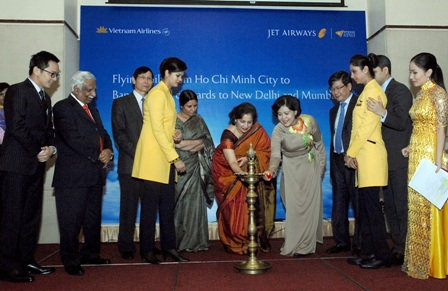 Mở đường bay thẳng kết nối giữa Việt Nam và Ấn Độ