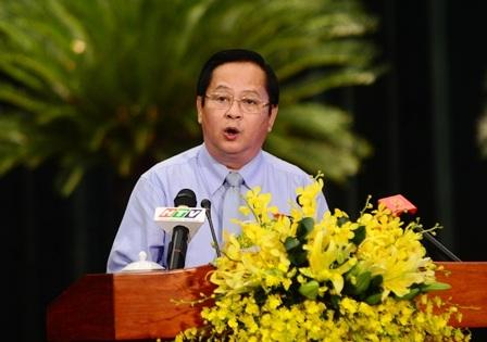 Phó Chủ tịch UBND TPHCM Nguyễn Hữu Tín không hài lòng với các giải pháp chống ngập của Sở GTVT