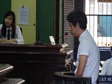 Bị cáo Long tại tòa