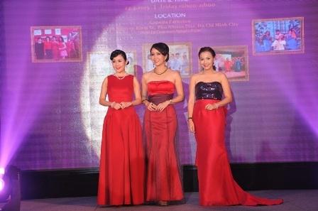 Các người đẹp làm lãnh đạo tham gia chương trình