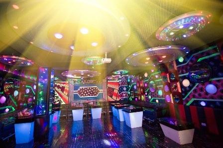 """Hát karaoke ở đâu """"đẳng cấp"""" nhất Việt Nam?"""