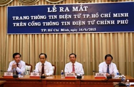 Lãnh đạo Văn phòng Chính phủ và lãnh đạo UBND TPHCM cùng tham dự lễ ra mắt