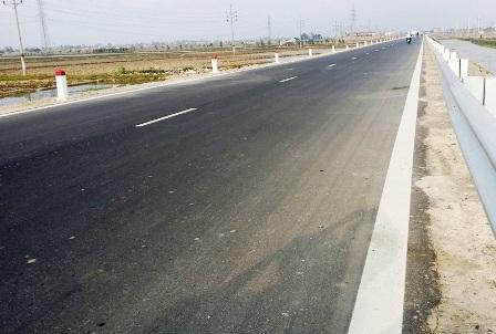 Sau 8 tháng nâng cấp, cải tạo Quốc lộ 38B đã đưa vào sử dụng.