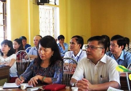 Thứ trưởng Bộ GD-ĐT Nguyễn Thị Nghĩa thị sát công tác chuẩn bị cho kỳ thi tại Thanh Hóa.