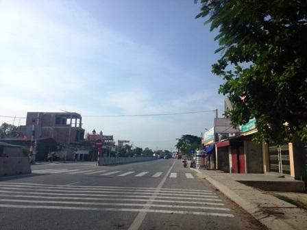 Hàng nghìn ngôi nhà dọc theo quốc lộ 1A, đoạn qua Thanh Hóa bị ảnh hưởng do lu rung.