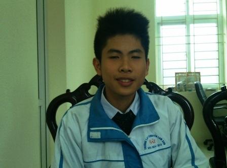 Nguyễn Hoàng Tùng - lớp 10 chuyên Sử, Trường THPT Chuyên Lam Sơn.