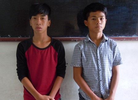 Hai nghi phạm Khánh và Vũ tại cơ quan công an