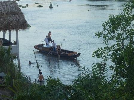 Đoạn sông nơi em Kiệt tắm bị nước cuốn trôi