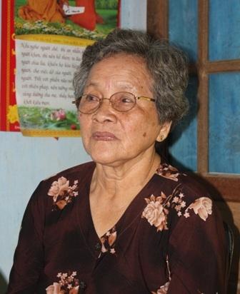 Bà Hảo thuộc diện gia đình chính sách, có chồng và anh trai chồng đều là liệt sĩ