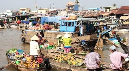 Chợ nổi đặc trưng miền Tây