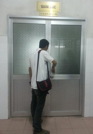 Mặc dù đã hẹn trước nhưng ông Tâm nhất quyết không mở cửa