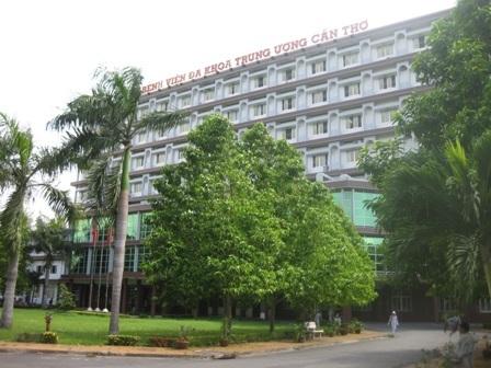 Bệnh viện Đa khoa Trung ương, nơi mổ nội soi ruột thừa nhưng cắt hết 2 buồng trứng của bệnh nhân