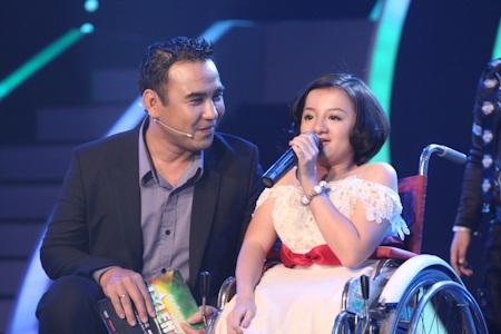 Cô gái xương thủy tinh vào chung kết Vietnam's Got Talent