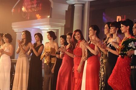 Các quý bà hội tụ trong đêm Quyền năng phái đẹp