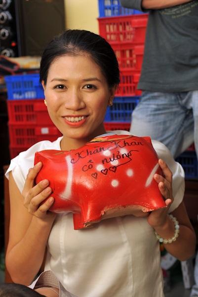 Trang Trần khoe chú heo của mình