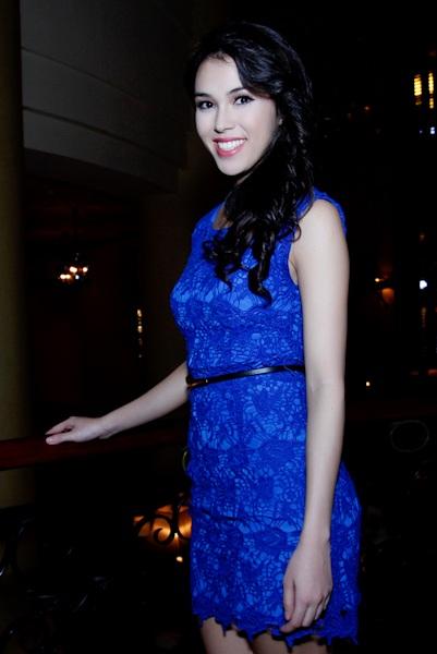 Người đẹp Daniela Thu Mây về Việt Nam ăn Tết