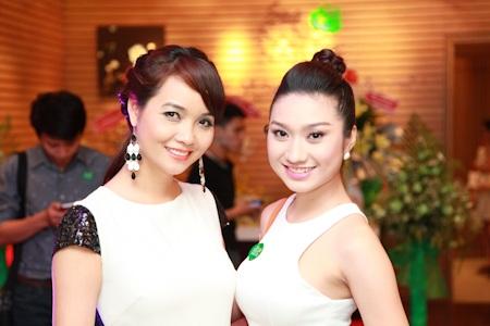 Cao Mỹ Kim và Mai Thu Huyền vừa hoàn thành bộ phim mới mà họ đóng cùng nhau
