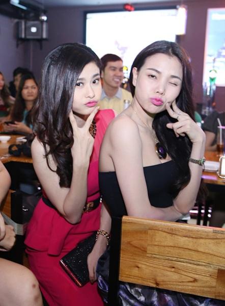 Trà Ngọc Hằng và Trương Quỳnh Anh