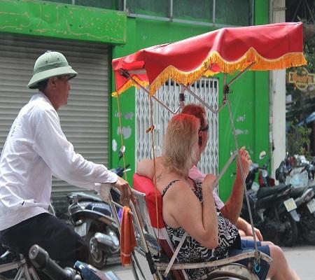 Du lịch Việt chưa giải được bài toán sụt giảm khách quốc tế