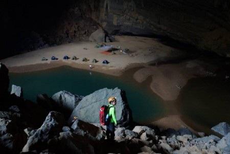 Những điều thú vị đã đến vẻ đẹp của hang Én đẹp ngoài sức tưởng tượng của đoàn người khám phá