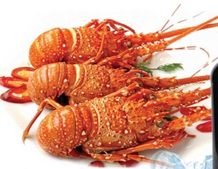"""4 món ăn giá """"cắt cổ"""" vẫn hút khách ở Việt Nam"""