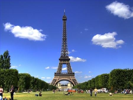 Tháp Eiffel – biểu tượng của nước Pháp