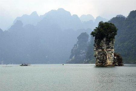 Na Hang từ lâu được coi là miền đất cổ tích với những phong cảnh đẹp nên thơ.