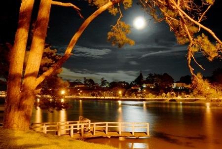 Nét đẹp của thành phố vùng cao về đêm
