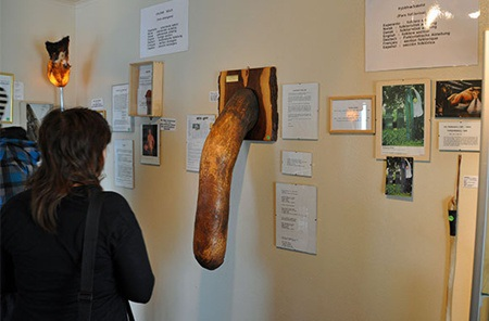 Nơi đây trưng bày hiện vật của các động vật có vú.