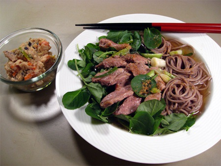 Bữa tiệc không thể thiếu món mỳ may mắn toshikishi soba