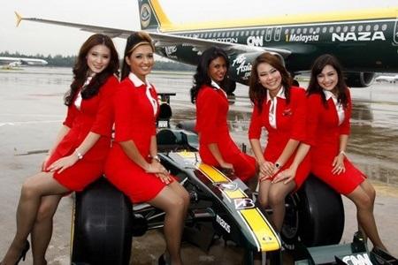 Các nữ tiếp viên của Emirates rất đa dạng sắc tộc