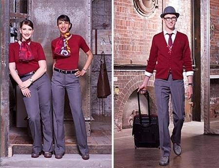 Các nữ tiếp viên của Singapore Airlines duyên dáng trong trang phục truyền thống