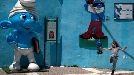 Những nhân vật Xì Trum nổi tiếng có mặt quanh làng