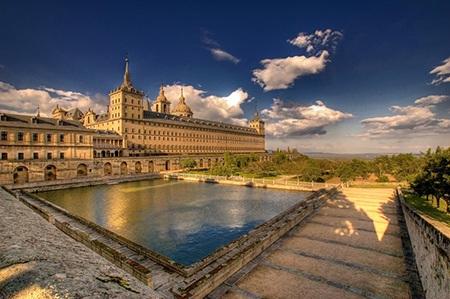 Tây Ban Nha là đại diện hàng đầu của Châu Âu với mức sống dễ chịu hơn và khí hậu ôn hòa