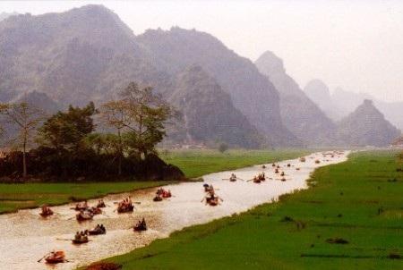 Miễn phí tham quan Chùa Hương trong 3 ngày Tết