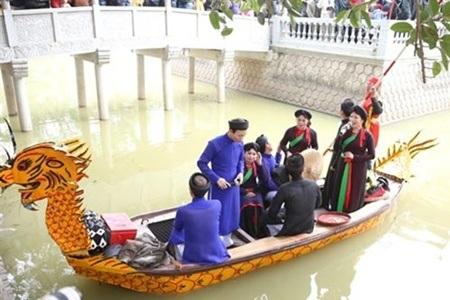 Nét đẹp văn hóa hát quan họ trong hội Lim