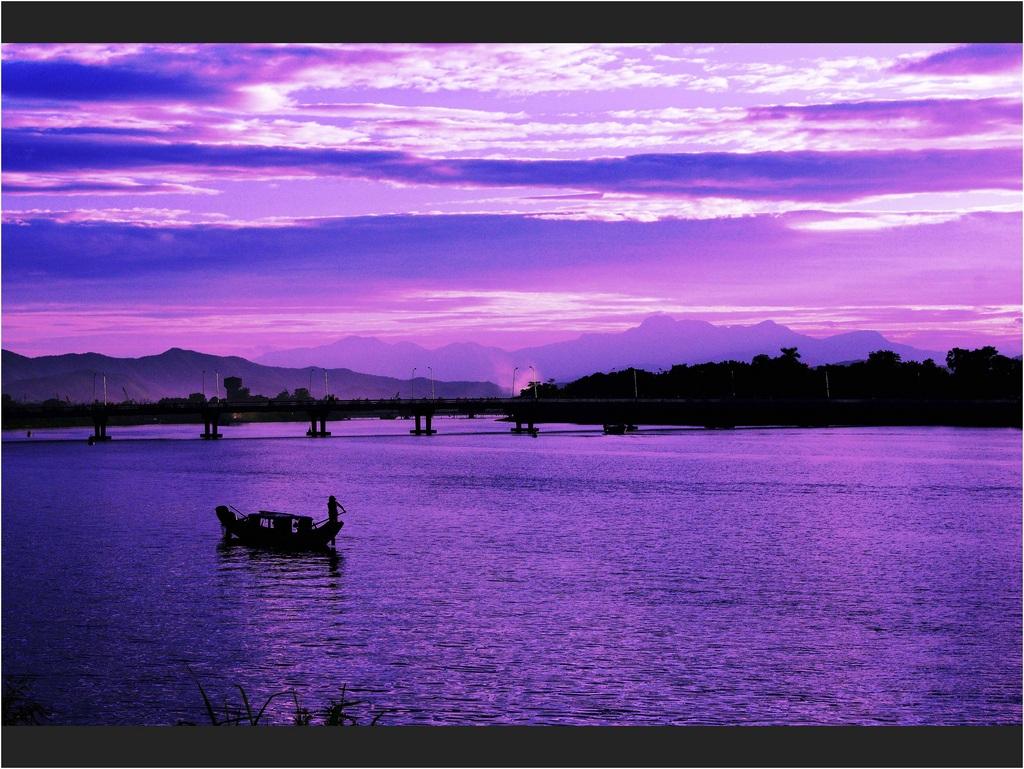 Lung linh bên dòng sông Hàn, Đà Nẵng
