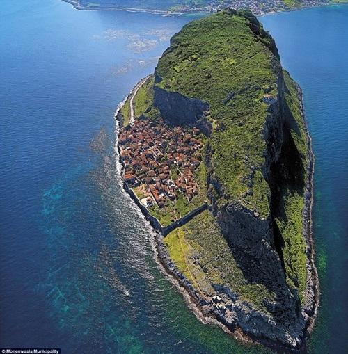 Những điểm đến có địa hình hiểm trở nhất thế giới
