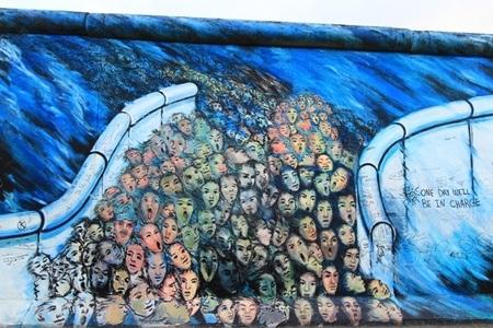 Bức tường Berlin được giới trẻ yêu thích khi đến với thủ đô nước Đức