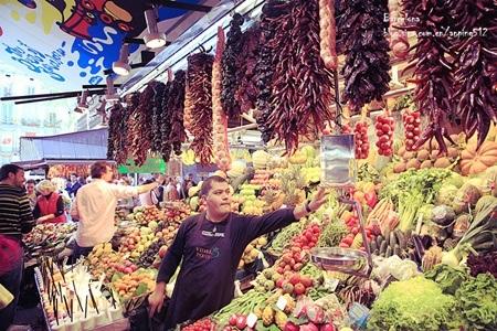 Một quầy bán rau củ