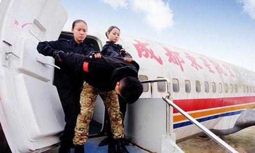 Luyện tập chống khủng bố trên không