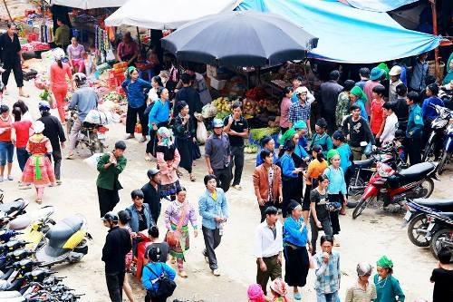 Chợ phiên Cốc Pài đậm chất vùng cao ở Hà Giang