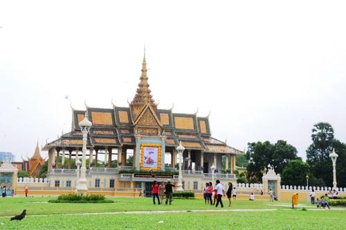 72h khám phá Pnomphenh