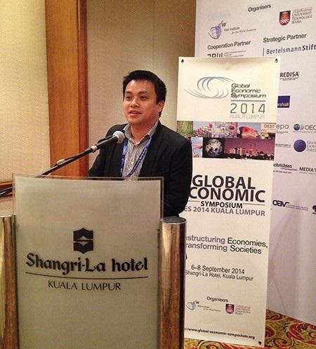 TS. Phạm Minh Tuấn phát biểu tại Hội nghị Kinh tế toàn cầu 2014, Kuala Lumpur, Malaysia.