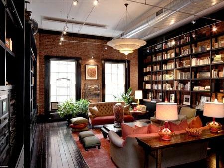 Căn phòng này được sử dụng như một thư viện.