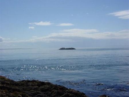 Để phát triển, hòn đảo này đòi hỏi chắc chắn không ít vốn đầu tư.