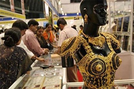Dự trữ vàng tính đến cuối năm 2013: 557,7 tấn