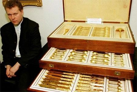 Dự trữ vàng tính đến cuối năm 2013: 1.035,2 tấn